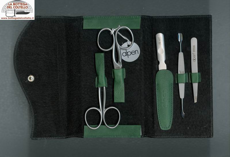 Manicure set green leather