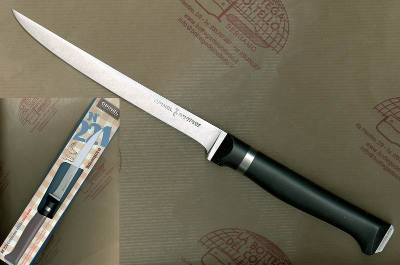 222 Meat and poultry knife cm 13
