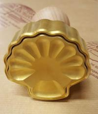 Seashell-shaped Pastry cutter